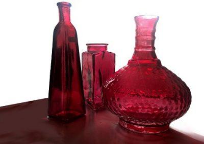 Keramiikka- ja lasiastiat